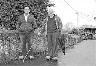 Cabranes camina con bastón